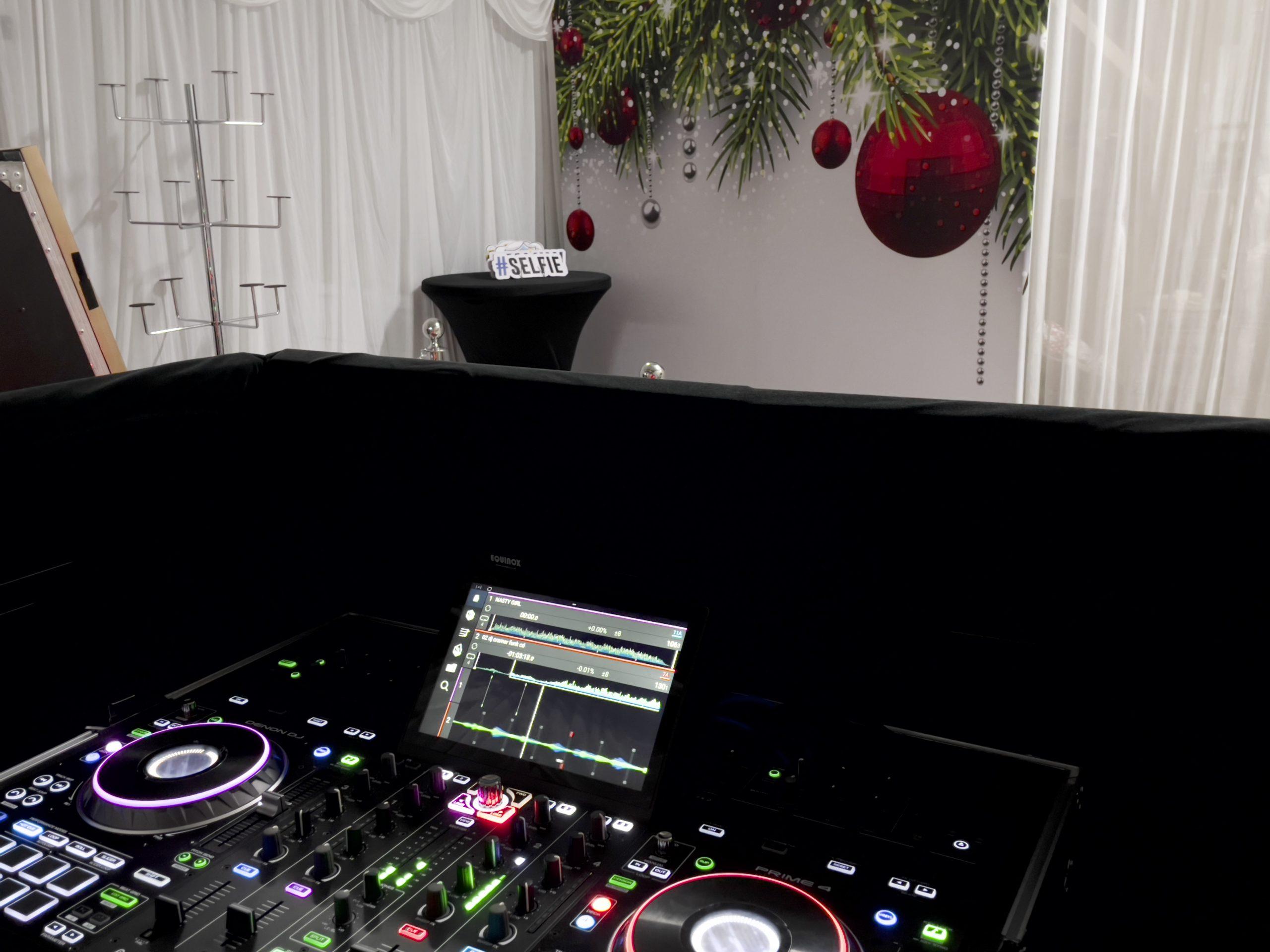 Cramer Events DJ Turntable